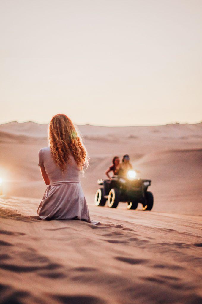 2 girls in the desert